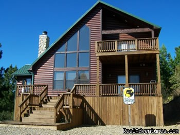 Luxury Cabins - Two, Three & Four Bedrooms - Resort Cabin Rentals near Beavers Bend State Park