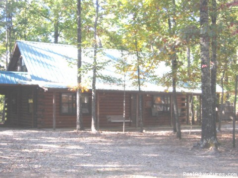 Three Bedroom Economy Cabin - Resort Cabin Rentals near Beavers Bend State Park
