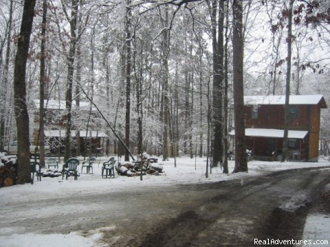Last Resort Cabin Campground - Resort Cabin Rentals near Beavers Bend State Park