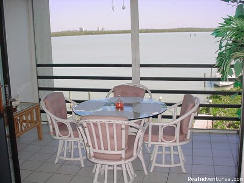 Lanai Dinette - Marco Island Waterfront