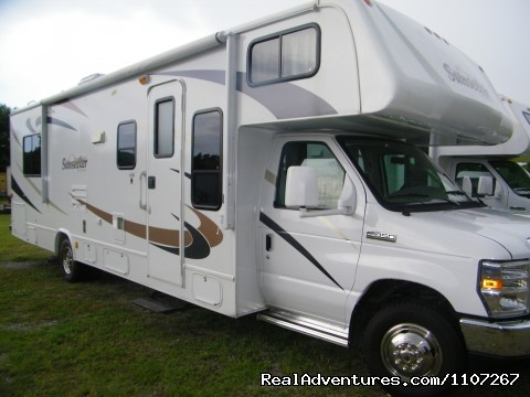 Image #1 of 13 - 2012 Class RV and Travel Trailers Rentals