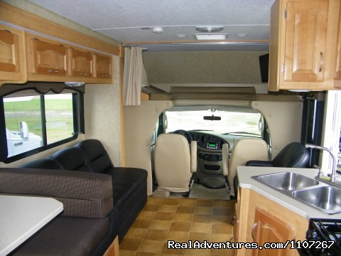 Image #4 of 13 - 2012 Class RV and Travel Trailers Rentals