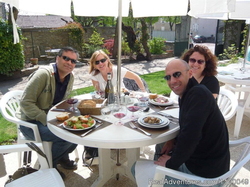 Wonderful wine and food tour adventures, tasting in small family owned cellars, meeting the locals & enjoying the best wine & local cuisine that Burgundy has to offer! Wine Cellars Visits, Truffle Hunt, Cheese Tasting, Cooking Classes & Sightseeing