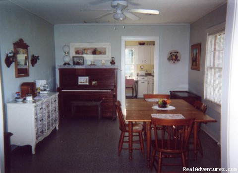 Dining Room - Ozark Cottage in Historic Cookson Hills