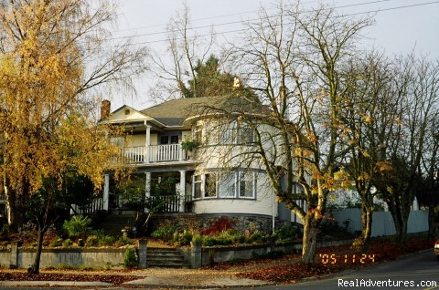 Victorian Luxury Downtown Nanaimo B&B Kennedy House B&B