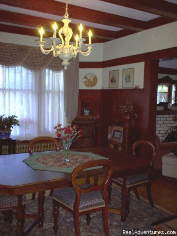 The Dining Roon - Victorian Luxury Downtown Nanaimo B&B
