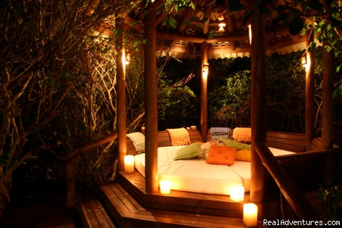 Gazebo - Romantic Weekend Getaways at a Beachfront B&B