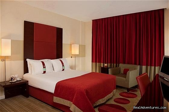 Standard Room | Image #3/12 | Holiday Inn Sofia