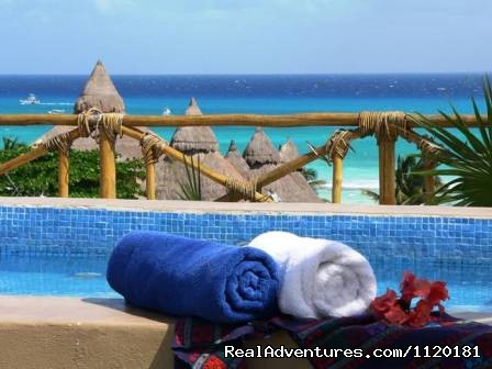 Blue Pearl solarium with expansive ocean view - Beautiful Playa del Carmen Condo Best Location