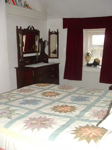Double bedroom (#6 of 19) - Holiday by the River Shannon in Ireland