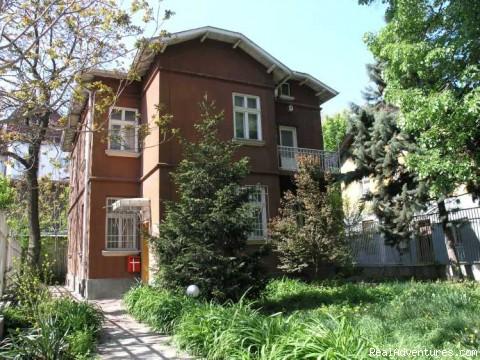 Sofia guesthouse front view - Scandinavian Tourist Information Centre