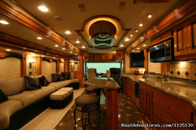 Allstar Coaches RV Rental Florida - Silver Crown - Allstar Coaches Luxury RV Rentals in Florida
