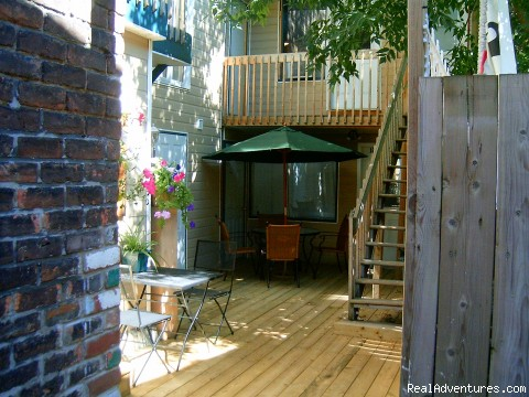 Aux studios montcalm montreal quebec vacation rentals for Cabin rentals in montreal canada