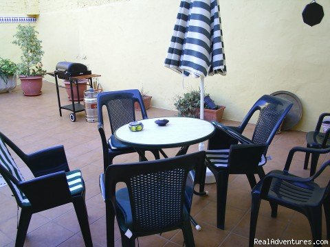 The patio is very private but spacious for eating al fresco | Image #5/14 | Apartment, Vacation Rental in Gandia, Valencia