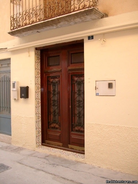 The front facia of our Valencian Townhouse | Image #17/23 | Apartment, Vacation Rental in Gandia, Valencia