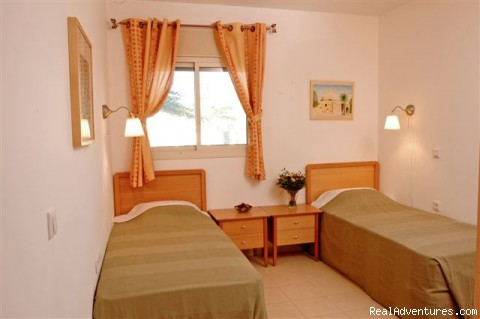 2 Single Beds - Israel Vacation Homes