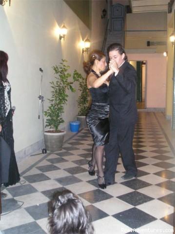 Tango Couple - Estación Buenos Aires Hostel