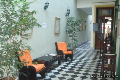Patio - Estación Buenos Aires Hostel