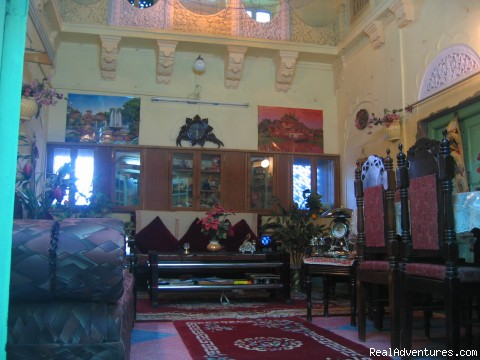 sitting hall - SAJI SANWRI (Guest-House)