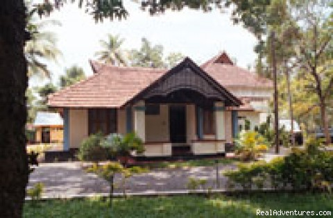 Our Villa View - Houseboat + Heritage Stay - package tour in Kerala