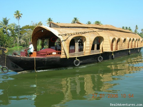 Houseboat on Cruise - Houseboat + Heritage Stay - package tour in Kerala
