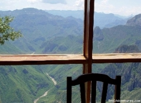 Window View Uno Lodge - Copper Canyon Private Lodges Away From Mass Tours