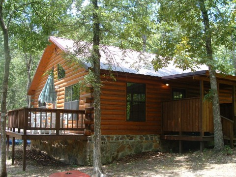 Chillin' Rental Cabin - East Side View - Secluded Cabin Rental - Beavers Bend / Broken Bow