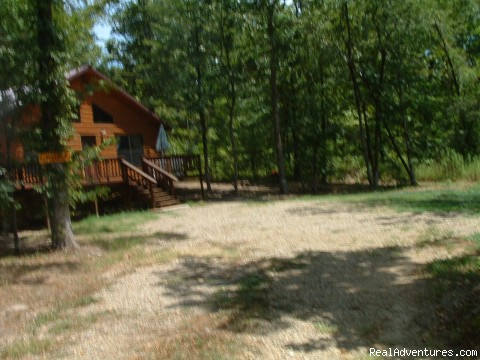 Chillin' Cabin Rental - Parking Area - Secluded Cabin Rental - Beavers Bend / Broken Bow