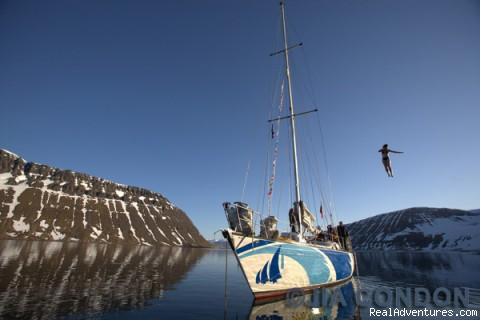 Outdoors adventures in the Westfjords of Iceland: The sailboat on a calm day