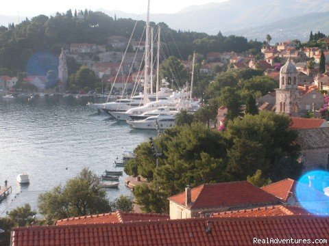 Holiday apartments in  Cavtat old town close to  Dubrovnik, spacious, brand new, fully equpped,  air conditioned with own Seaview balocony