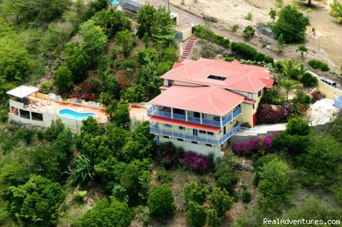 Arcavilla,luxury villa for rent with 6 bedrooms an