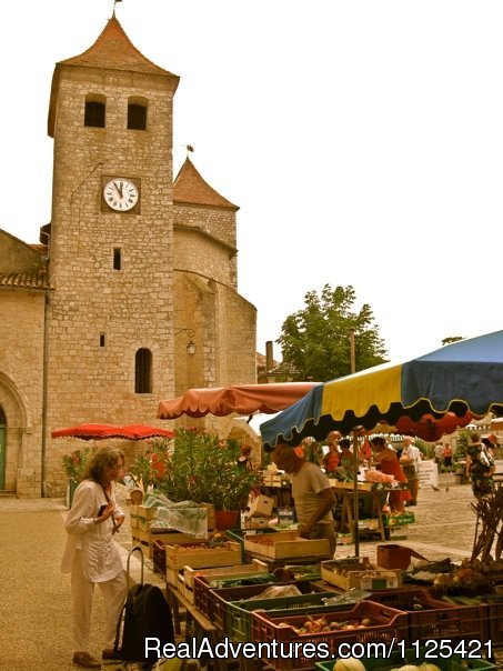 Lauzerte Saturday morning market - Luxury Fitness BootCamp gourmetVegan / Veg cuisine