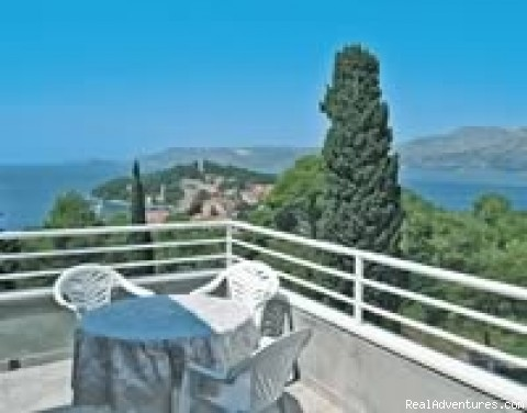 - Cavtat near Dubrovnik holiday apartments to rent