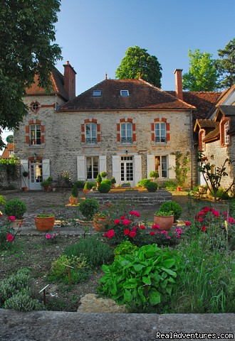 Romantic manor Burgundy
