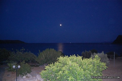 - GREECE-MONEMVASIA:Gialos village beach apartments