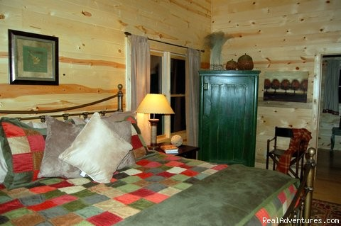 Master Suite with comfortable luxury. - Luxury Cabin, FREE Night, Firepit, Mtn Views, NEW