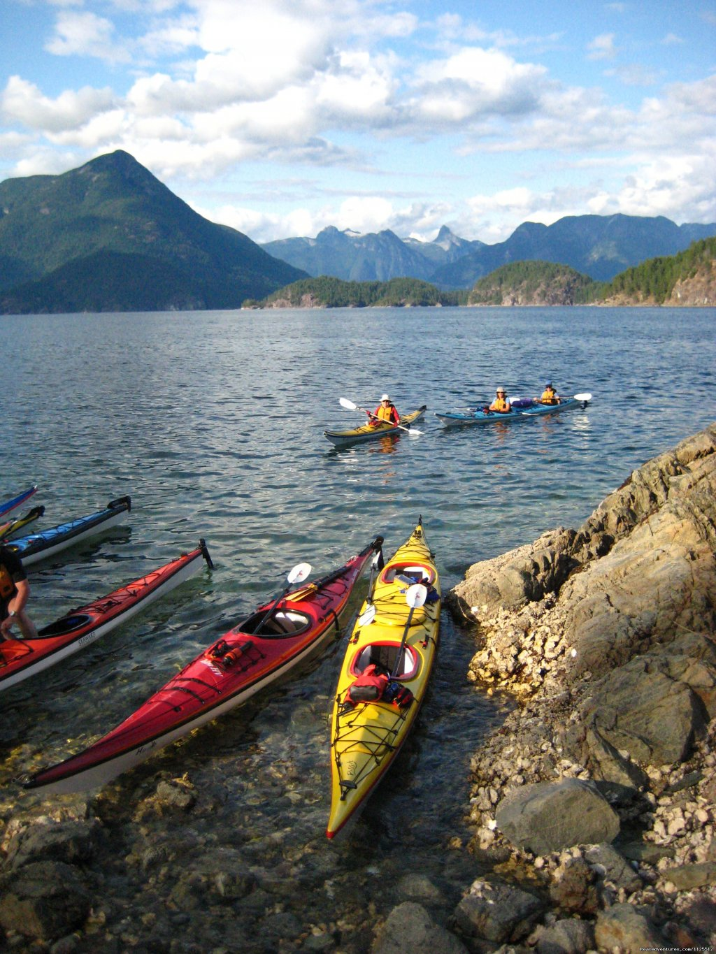 Beaching in Desolation | Image #6/25 | Sea Kayak Tours Desolation Sound, British Columbia