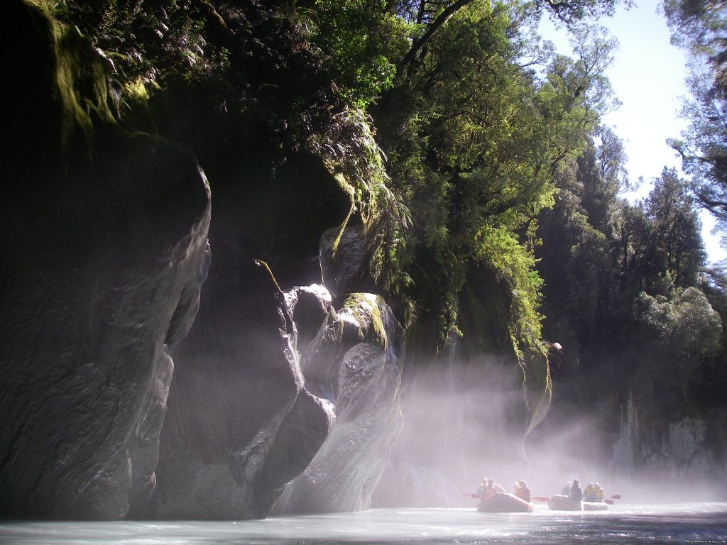 Mist in the Whataroa canyon | Image #9/13 | Heli Rafting, half day to Multi day Adventures