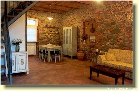 Ancient Tuscan barn conversion, beaufully restored