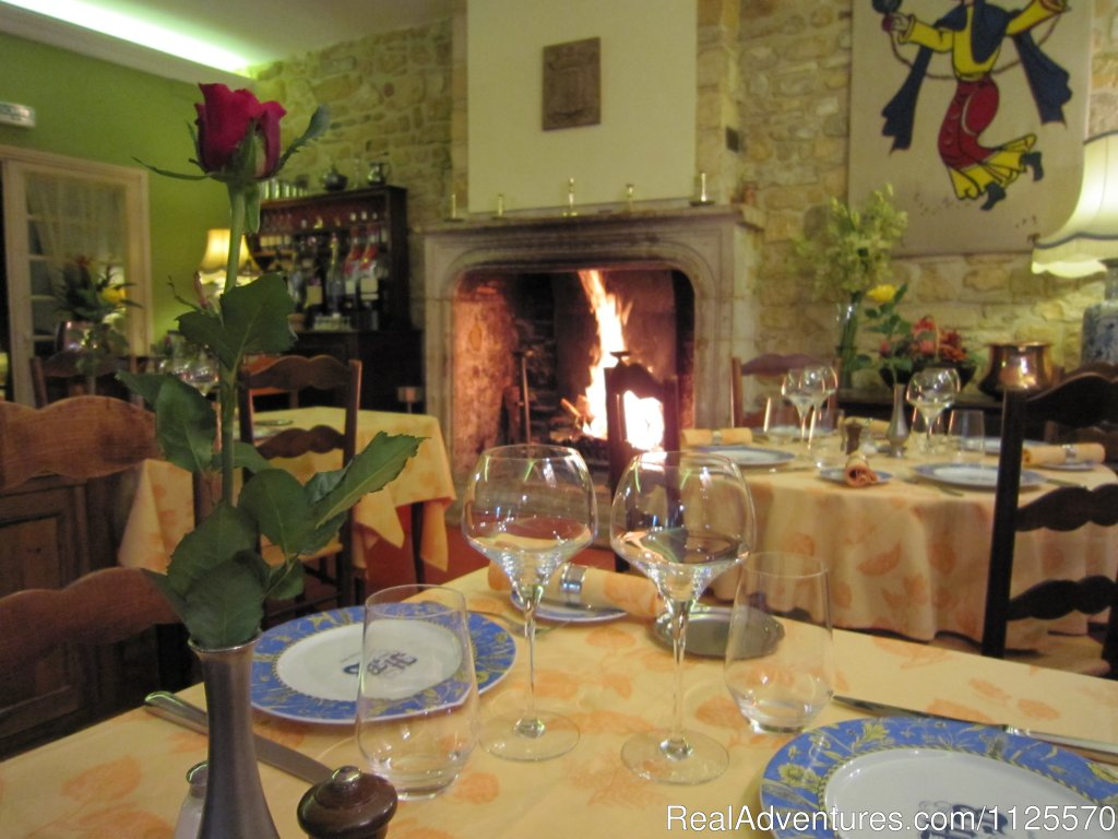 Enjoy fine dining | Image #5/17 | Cycle The Dordogne