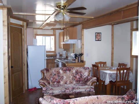 Seymour, our 2 Bedroom Cottage - Rocky mountain getaway Tudor Country Cottages