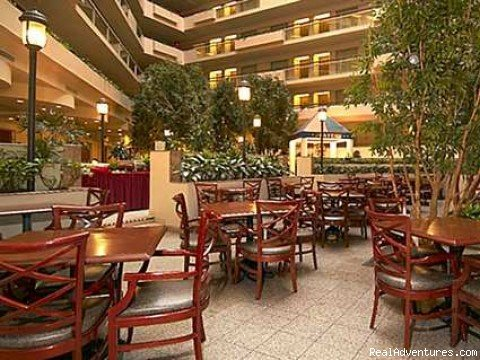 The newly renovated Embassy Suites Hotel Secaucus - Meadowlands is located in the Harmon Meadow Business and Entertainment complex adjacent to the Meadowlands Exposition Center. Every Embassy Suites stay, a famous cook to order breakfast is included.