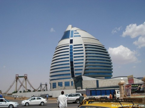 Africa & The Middle East: Al Fateh Tower (5 Stars Hotel)