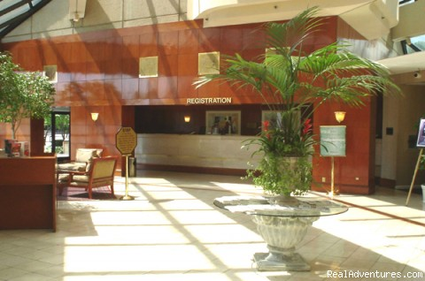 Holiday Inn Select Nashville Opryland Airport