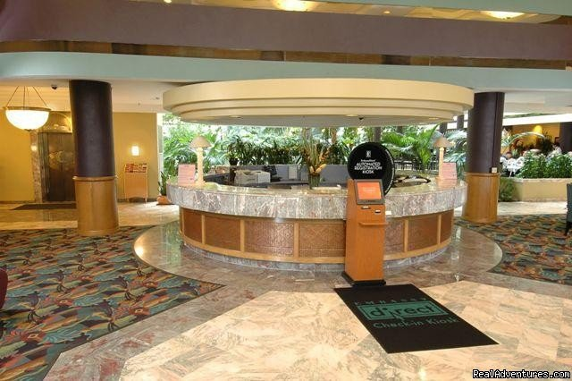 Lobby - Front Desk | Image #7/8 | Embassy Suites Hotel Minneapolis-Airport