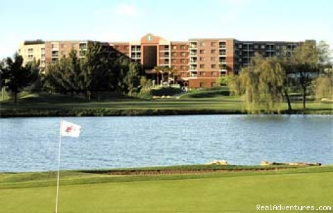 Embassy Suites Hotel Phoenix-Scottsdale: Golf Course