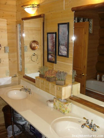 Bathroom - Billabong Lodge