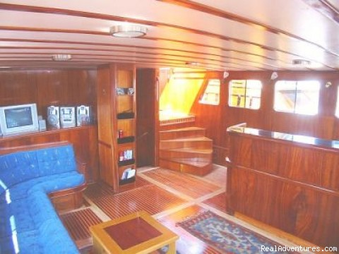 Ships of Paradise - Luxury Gulet Charters in Turkish Coasts