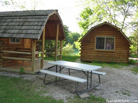 Cabin Settings - Jonesburg Gardens Campground