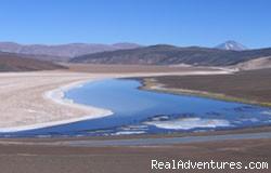 Blue Lagoon in Catamarca - Travel to the highest volcanoes of the world